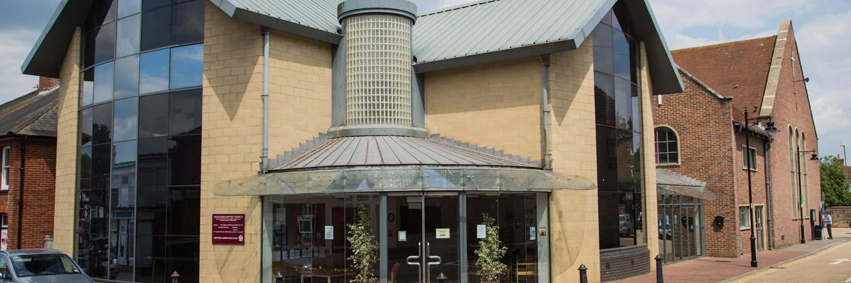 Godalming Baptist Church exterior